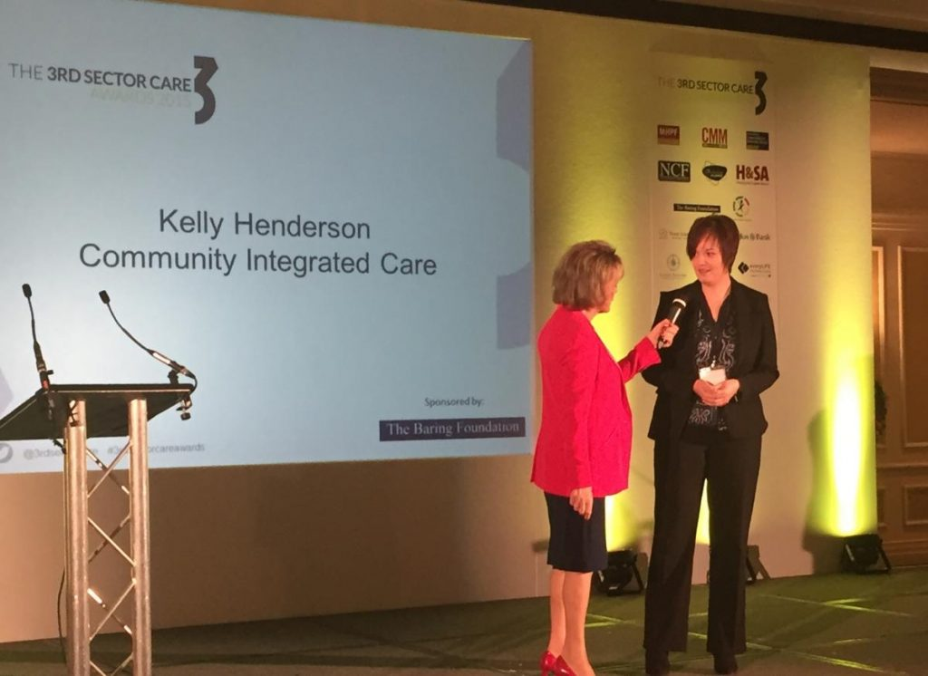 Kelly Henderson is interviewed by Awards host Esther Ranzten cropped_0